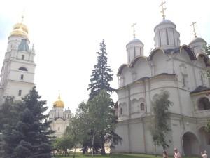 Kremlin Bahçesi ve katedraller