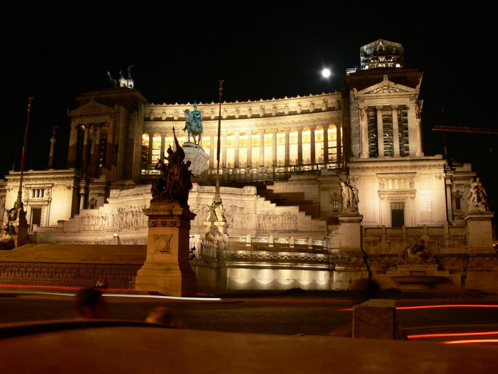 II Vittorio Emanuele  Anıtı