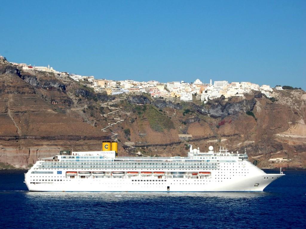DOT_Greece_33_Santorini_Fira_36