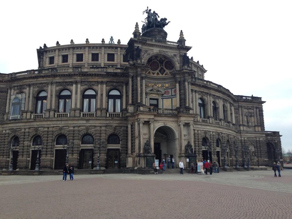 Semper Opera Binası