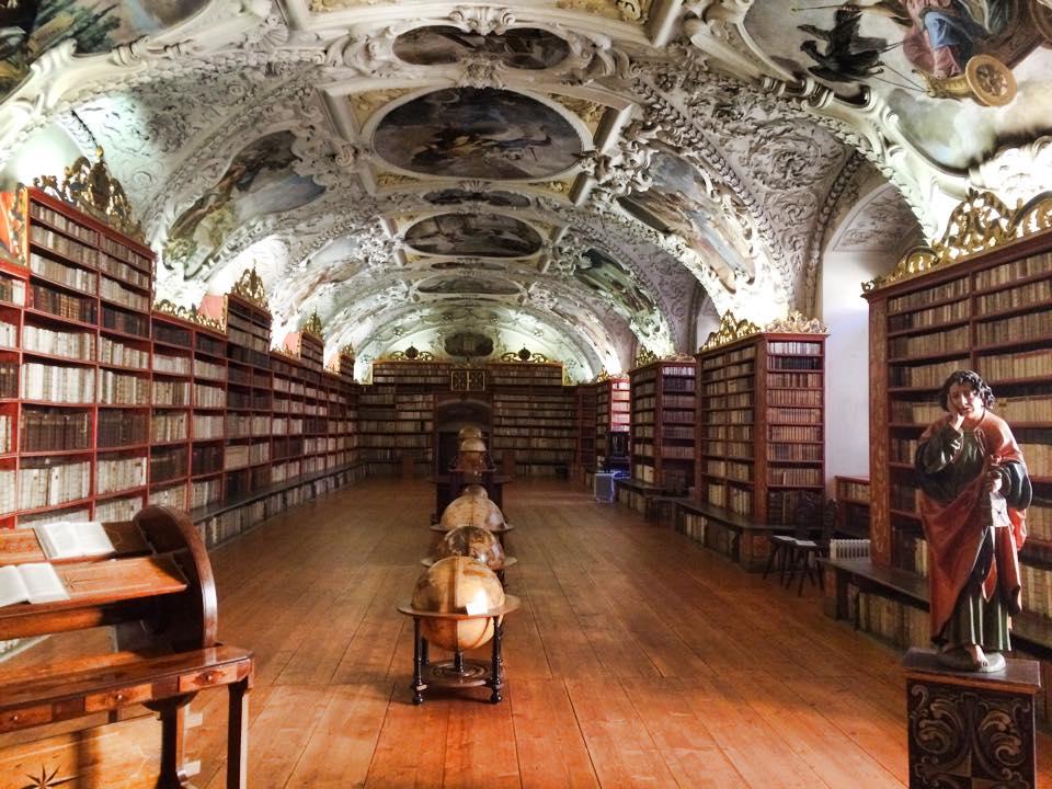 Strahov Kütüphanesi Teoloji Salonu