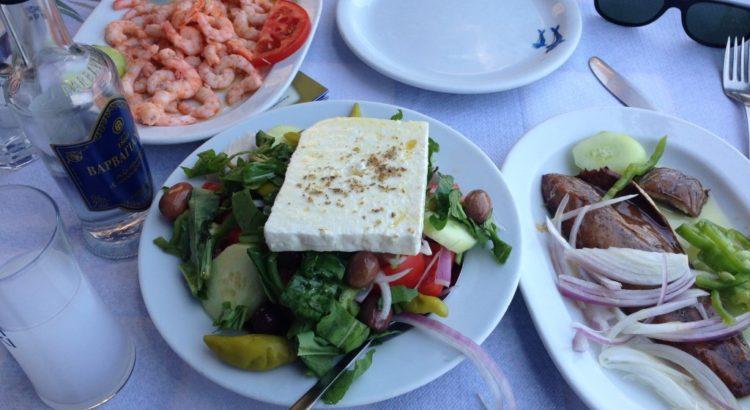 uzo-barbayanni-greek-salad-uskumri-turşi-1024x768