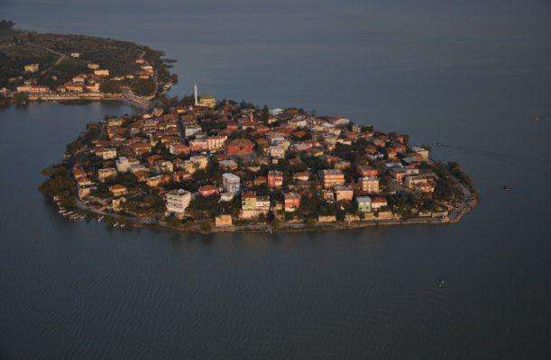 Bursa Gölyazı Köyü Foto