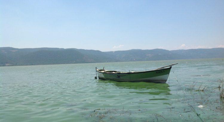 Gölyazı Köyü Uluabat Göl Manzarası