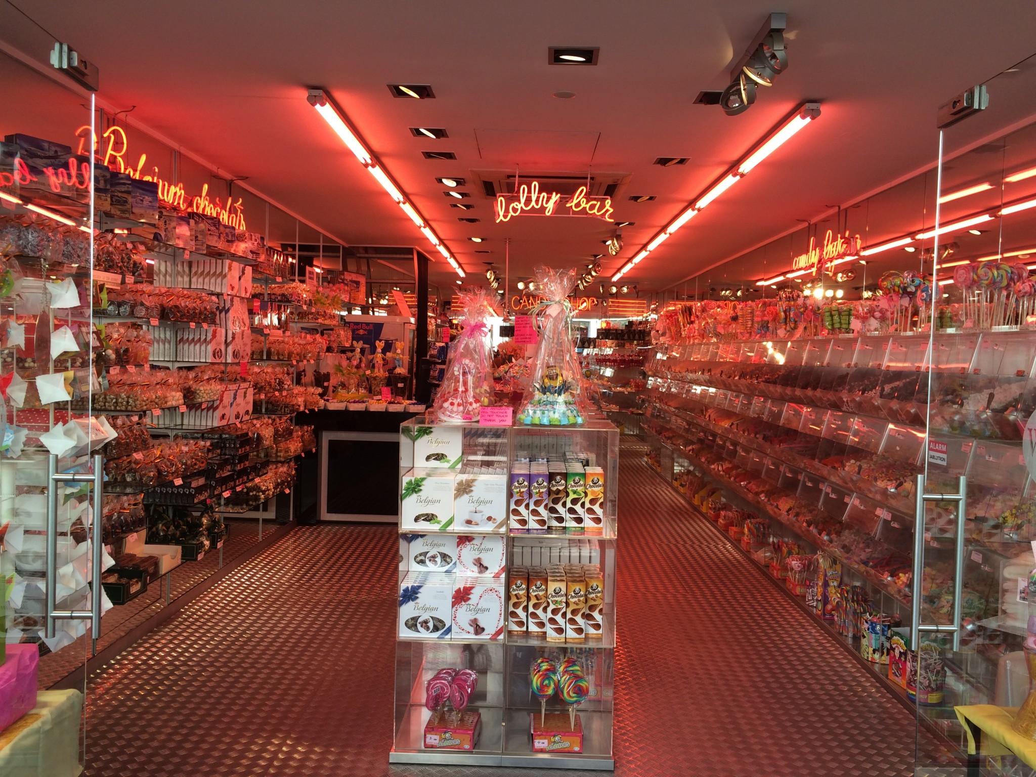 Brugge Çikolata Şekerleme Dükkanları