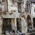 Eski Yıkılmakta Olan Bir Bina