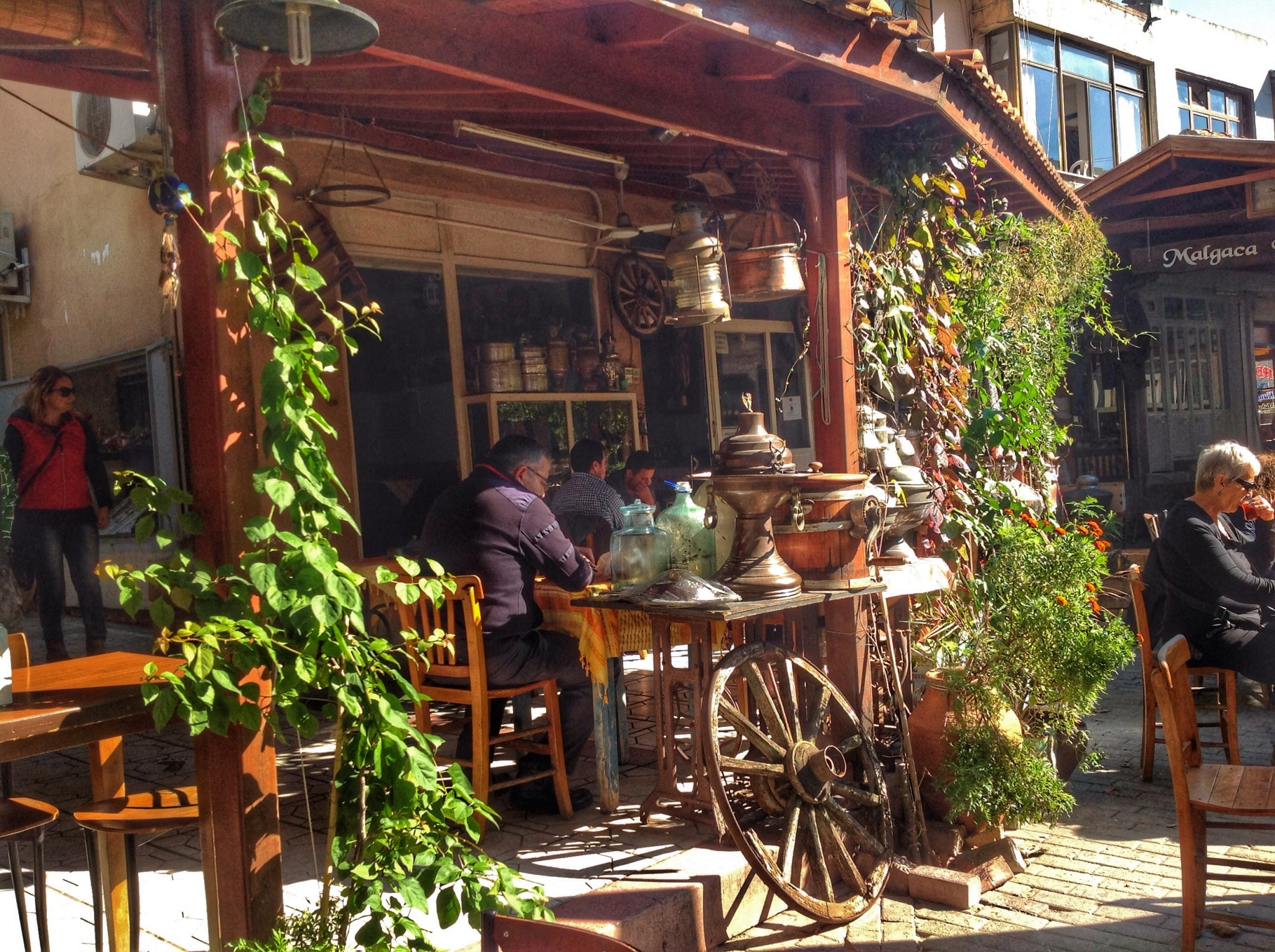 Urla Malgaca Pazarı Kafe