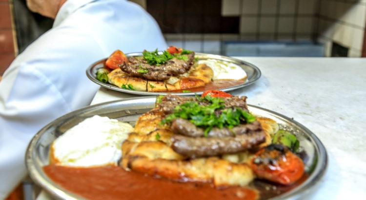 İzmir Kemeraltı Doyuran Restoran