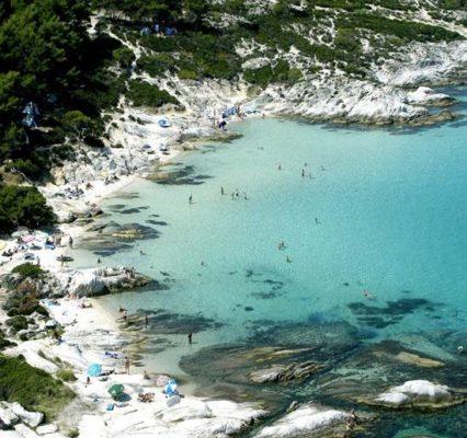 Kavourotripes Beach Sarti
